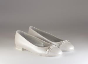 Ballerina donna elegante da sposa e cerimonia in pelle bianca con applicazione di cristalli  Ferracuti cod.6913