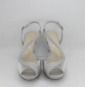 Sandalo cerimonia donna elegante in tessuto grigio con applicazione in cristalli e cinghietta regolabile Art. H17Z21SARASF1200P07