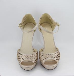 Sandalo cerimonia donna elegante in tessuto di raso rosa cipria con applicazione in cristalli e cinghietta regolabile Art.H17Z11PTRASF0503P10