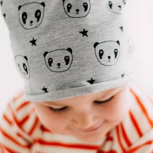 Cappellino fantasia in cotone oeko test