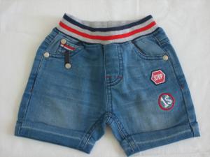Shorts con fascia