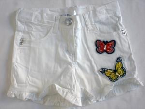 Short con applicazioni farfalle