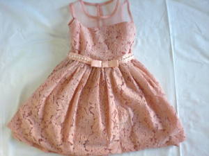 Vestito pizzo rosa bambina