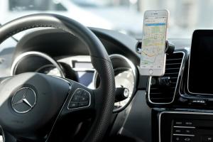 Supporto Universale da auto per smartphone con gancio bocchetta aria