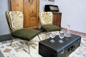 Coppia poltroncine vintage damascate metà '900