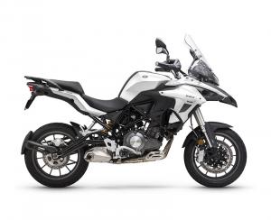 Moto Benelli TRK 502