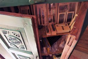 Armadio vintage verde a 2 ante '800 proveniente dal Pakistan