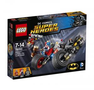 LEGO SUPER HEROES INSEGUIMENTO SUL BATCICLO A GOTHAM CITY 76053