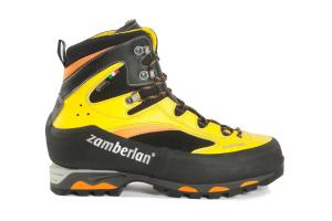 2040 DUFUR GTX® RR   -   Botas de  Montañismo   -   Black/Yellow