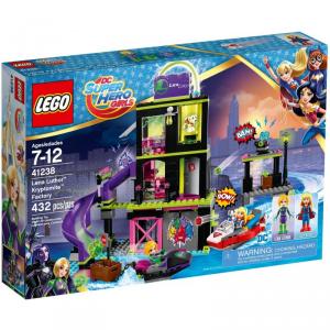 LEGO SUPER HERO GIRLS LA FABBRICA DI KRYPTOMITE DI LENA LUTHOR 41238