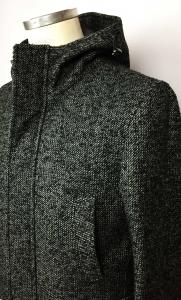 Giaccone uomo imbottito grigio melange con cappuccio e scaldamani