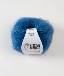 BettaKnit| kiss me Mohair