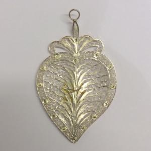 Cuore votivo in filigrana d'argento