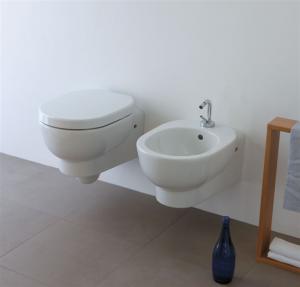 Vaso e bidet sospeso per il bagno monoforo M2 Galassia cm 55 x 35