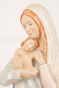 Statua Madonna con bambino in porcellana PING-MCB58 h. 55