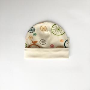Cappellino uccellini in cotone biologico
