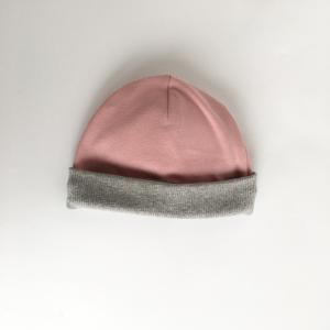Cappellino rosa in cotone biologico