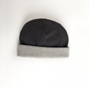 Cappellino nero in cotone biologico