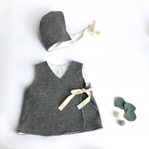 Calottina grigia in cotone biologico e lana