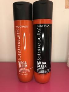 Linea Total Results: mega sleek - Shampoo e conditioner