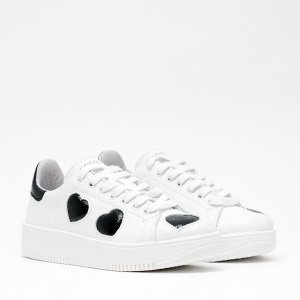 Sneakers Bianche con Cuori