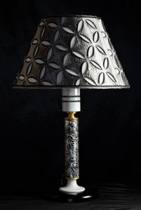 Lampada da tavolo artigianale moderna POLIFEMO in metallo