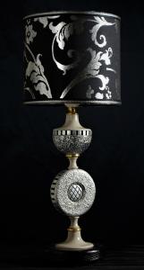 Lampada da tavolo artigianale contemporanea MEZZE SFERE in legno