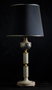Lampada da tavolo artigianale contemporanea MEZZA SFERA in legno