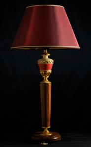 Lampada da tavolo artigianale classica POSEIDONE in legno di Kevazingo