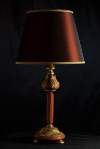 Lampada da tavolo artigianale classica ARTEMIDE in legno