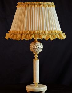 Lampada da tavolo artigianale classica PROMETEO in legno