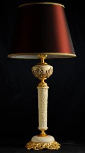 Lampada da tavolo artigianale classica ERA in pietra leccese