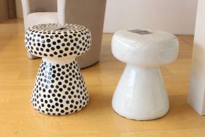 Tavolino/Pouff in ceramica Dots Gervasoni
