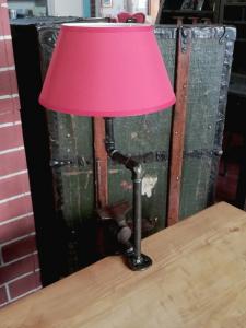 Lampada vintage su morsa