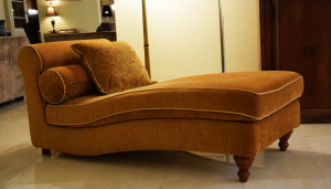 Chaise longue microfibra color Cachi