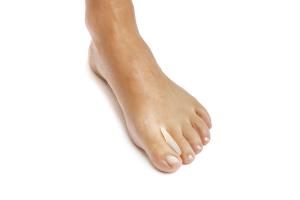 Gel toe spreader