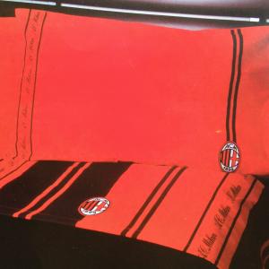 Parure lenzuola Milan sui toni del rosso e nero per letto matrimoniale