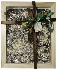 Tavoletta Maxi di cioccolato fondente 61% con cereali e granella di torrone, 600 gr
