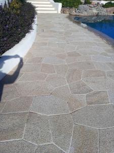 Pavimentazione in granito giallo San Giacomo