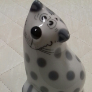Penni The Cat, sale e pepe in porcellana a forma di gatto bianco e grigio, vendita on line  | GIOIELLERIA BRUNI Imperia