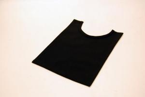 Pettorina nera in lana