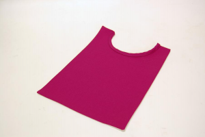 Pettorina viola in lana