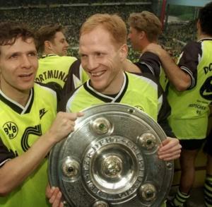 1995-96 Borussia Dortmund Maglia Home XL (Top)