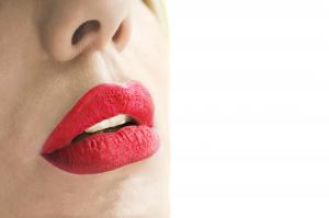 CRISANNE Cosmetics - Phenomenal - Long Lasting Matte - Tinta labbra ultra resistente - Colore 20-COCO.