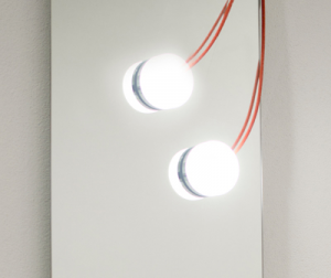 Faretto magnetico per specchio