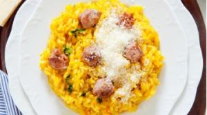 Risotto Salsiccia di Grigio del Casentino, Zafferano e Parmigiano Reggiano DOP (8 pers.)