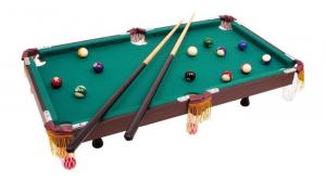 Biliardo con accessori da tavolo gioco