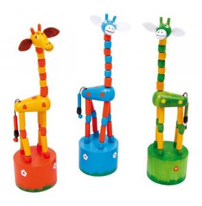 Giraffa a pressione in legno giocattolo per bambini. Set da 3