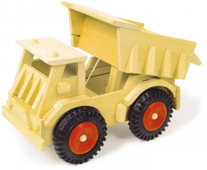 Camion di legno con ruote di plasticagiocattolo per bambino