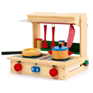 Cucina da viaggio in legno con accessori giocattolo per bambini